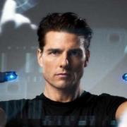 Tom Cruise face à ses écrans dans Minority Report